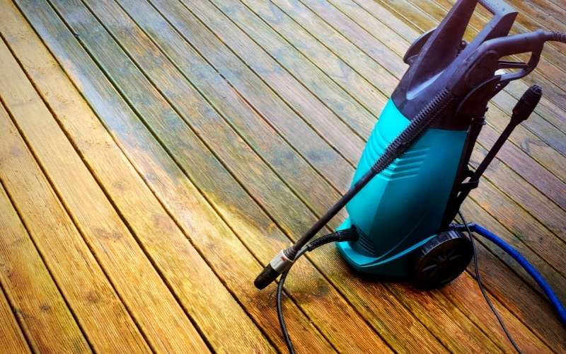 power washer used on decking
