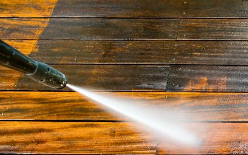 pressure washing wood PSI